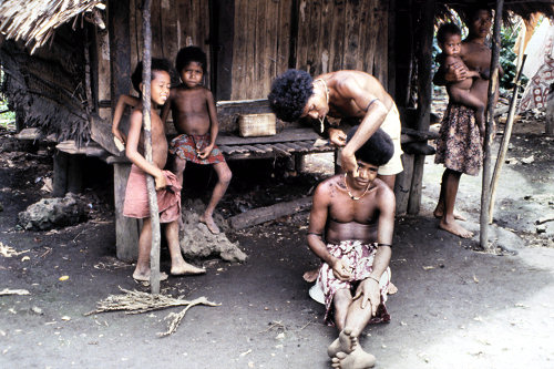 Culture of Papua New Guinea  history people clothing